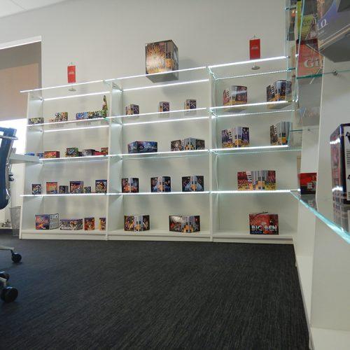 Labor - prodajno izložbeni prostori